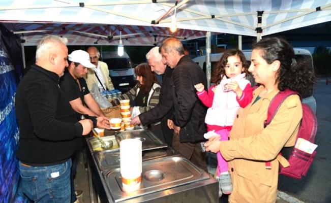 Beylikdüzü'nde iki bin aileye sıcak yemek