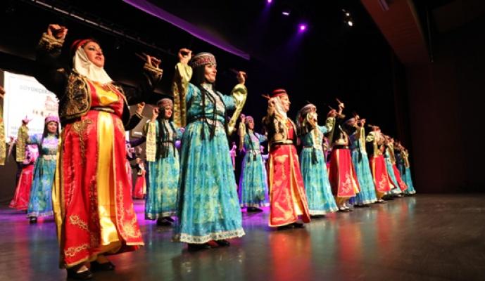 Altınköprü Halk Dansları Topluluğu nefesleri kesti