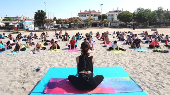 Büyükçekmece'de yoga'ya ilgi