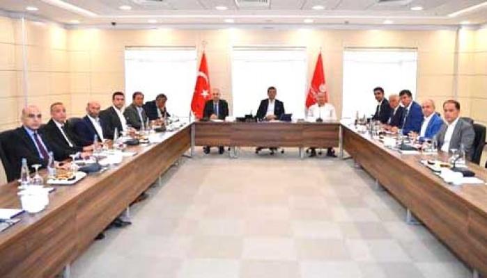 İmamoğlu, ilçe belediye başkanları ile  toplandı