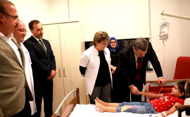 Bakan Koca Silivri'de hastaneyi inceledi