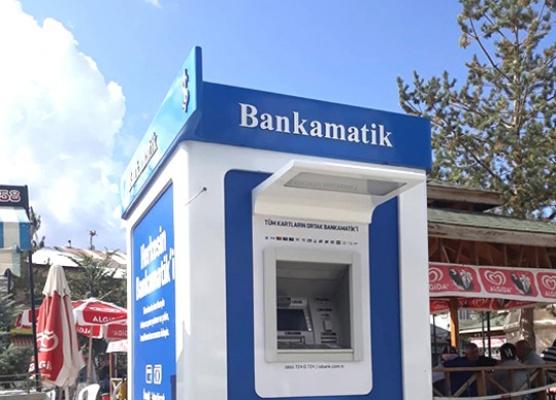 Başkandan bankamatike şiirsel karşılama