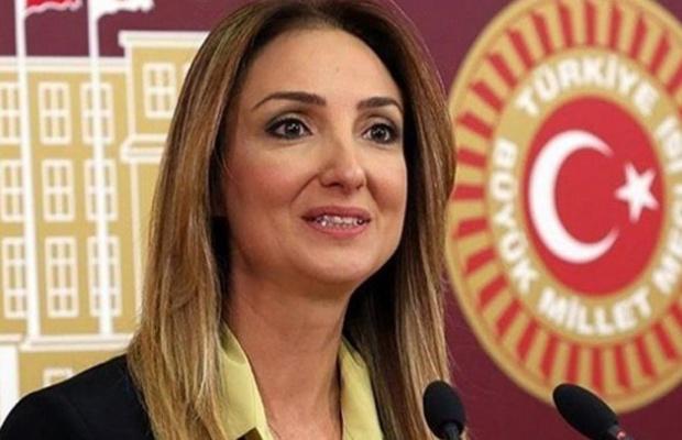 CHP'de Aylin Nazlı Aka 'ya af çıktı