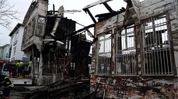 Reşat Nuri Güntekin'in evi kül oldu