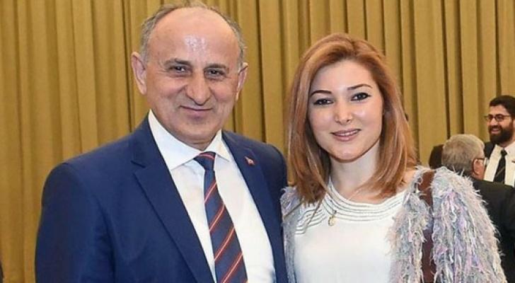 CHP'li Çiçek'in kızı CNN'de