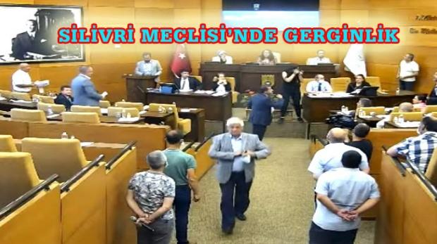CHP GRUBU MECLİSİ TERK ETTİ!