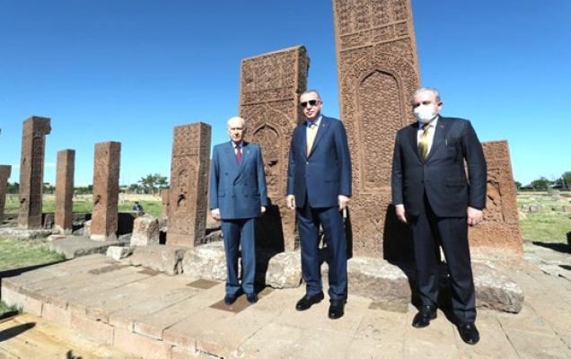 Erdoğan Bahçeli ile Ahlat'ta