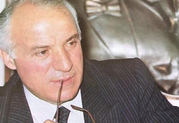 Ali Çebi vefat etti