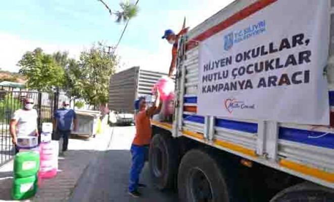 Silivri Belediyesi'nden okullara temizlik malzemesi