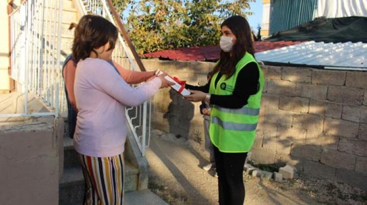Antalya Büyükşehir'den Korkuteli'nde öğrencilere tablet