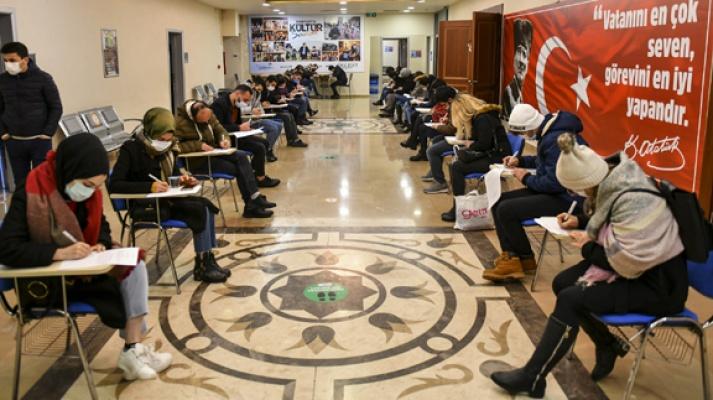 Esenyurt'ta ESBİM'le 200 kişiye daha iş