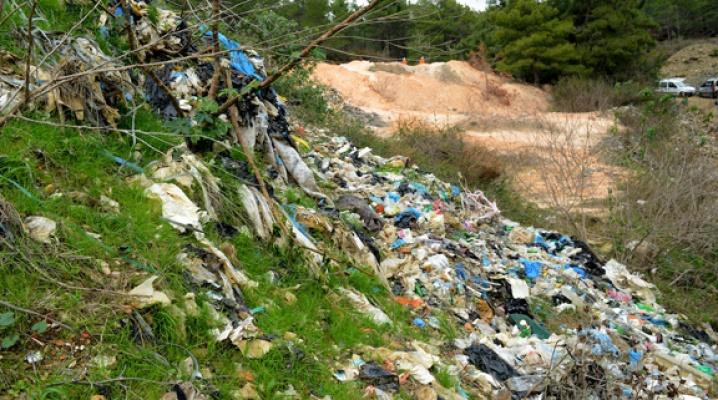 Alanya ormanlarında atık temizliği