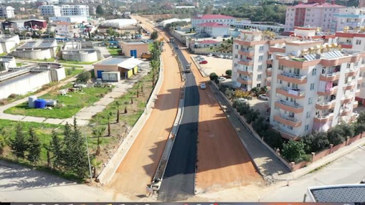 Alanya trafiğinin çözüm yolu asfaltlıyor