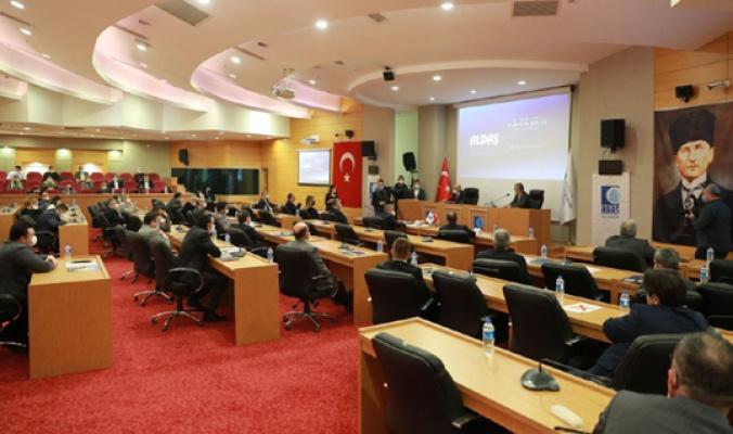 Antalya Büyükşehir, altyapıda hedefe yürüyor