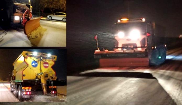 Silivri Belediyesi'nden yoğun kar mesaisi