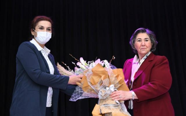 """Esenyurt'ta 'Kadın insan hakları semineri"""""""
