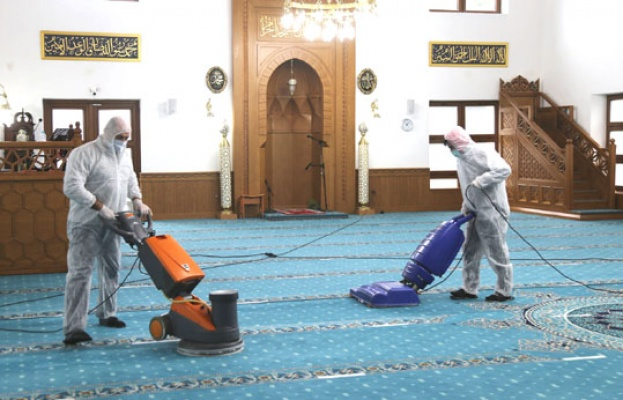 Büyükçekmece camilerinde Ramazan temizliği