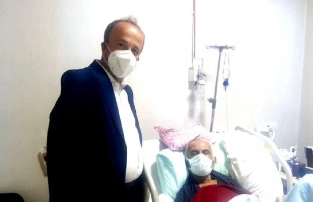 Hançerli'den Gazeteci Yiğiter'e hastanede ziyaret