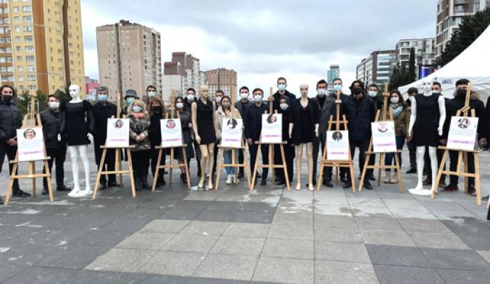İYİ Gençlik kadına şiddete karşı