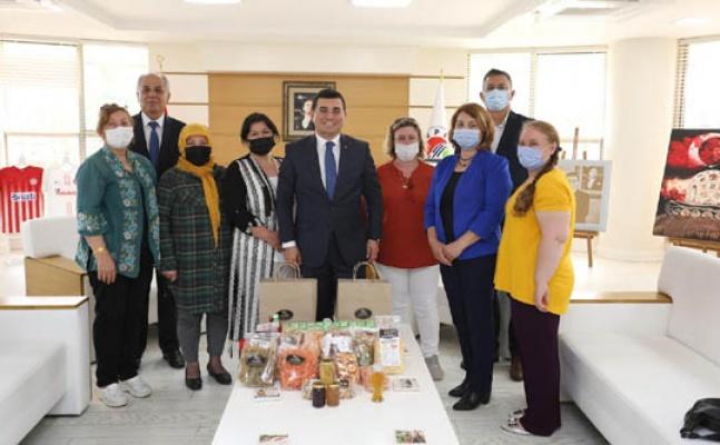 Kepez'de kadın kooperatiflerine destek