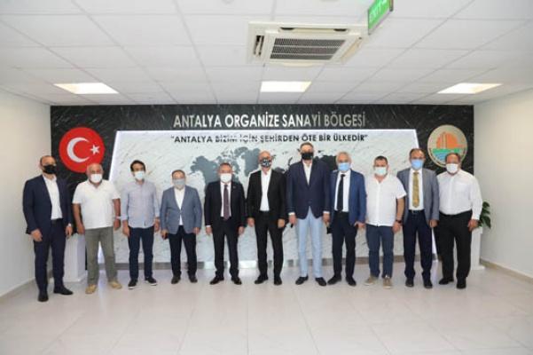 Başkan Böcek'ten Antalya OSB'yi ziyaret