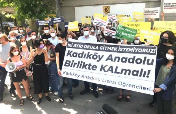 Kadıköy Anadolu Lisesi yıkımına tepki