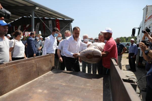 Çayırdere'de 12 ton tohumluk arpa dağıtımı