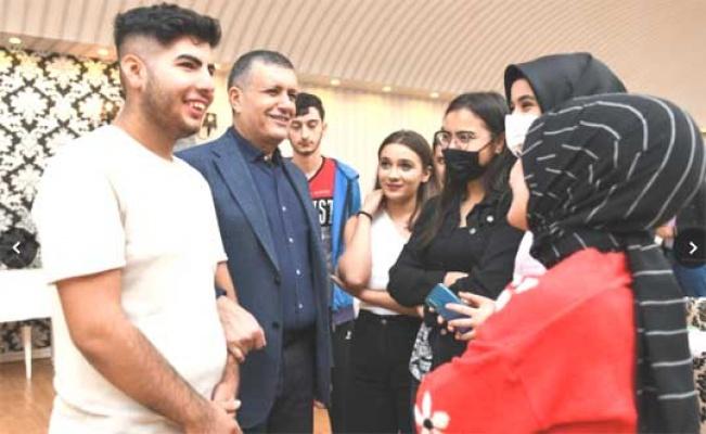 Bozkurt üniversiteli gençlerle buluştu