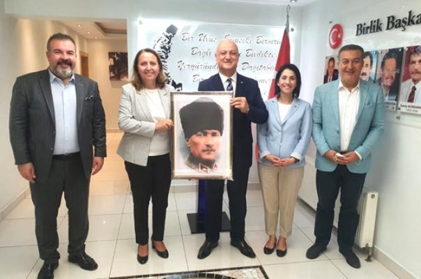CHP PM Üyelerinden  Çoruk'a ziyaret