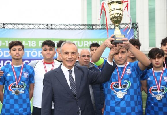 Şampiyonların ödülleri Başkan Çebi'den