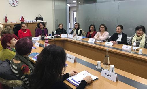 Avcılar'da kadına yönelik şiddete hayır eğitimi