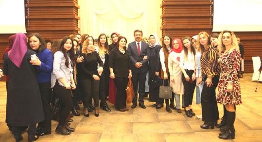 Başkan Karadeniz'den kadınlara 8 Mart kahvaltsı