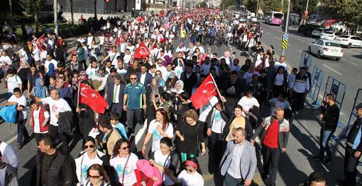 Binlerce Esenyurtlu sağlık için yürüdü