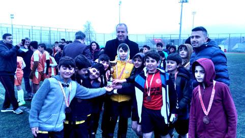 Büyükçekmece Okullar Arası Futbol Şampiyonası sona erdi