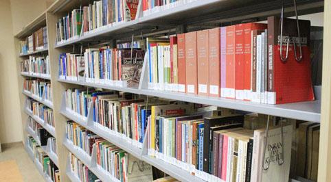 Büyükçekmece'den köy okullarına 15 bin kitap