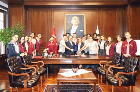 Büyükçekmeceli öğrenciler tüm Türkiye'nin gururu oldu