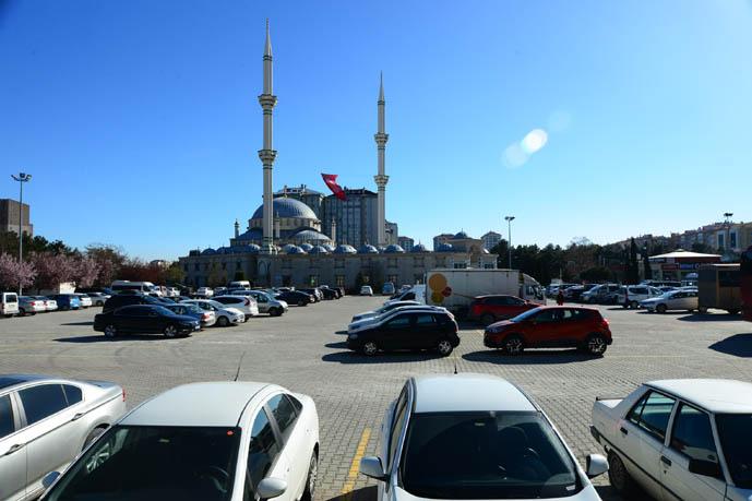 Cami otoparkı geliri Kızılay'a