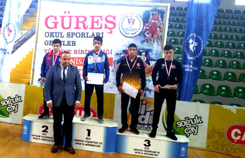 Çatalca Belediyesi Güreş Takımı Türkiye Şampiyonu oldu