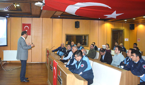Çatalca Belediyesi personeline mevzuat semineri