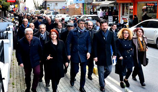 CHP ADAY ADAYLARI SOKAĞA İNDİ