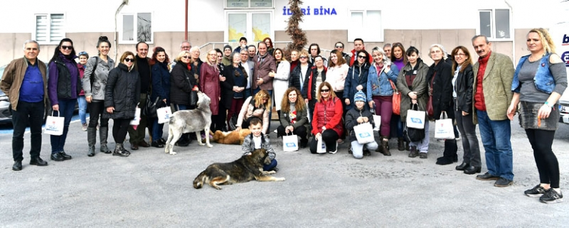 CHP'li Çalık'tan patili dostlara manifesto