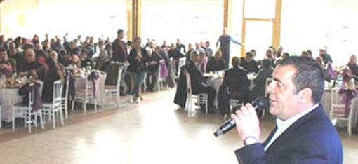 CHP'Lİ  ÇETİN ÇAPAN, KEMAL ÇEBİ'Yİ TANITTI