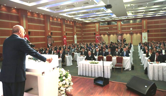 Erdoğan İstanbul'da Ak Partili başkanlarla buluştu