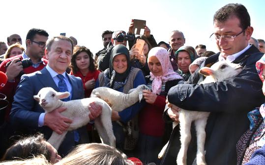 İmamoğlu TÜRAM'da: Başkanımız ne güzel işler başarmış
