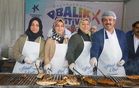 Küçükçekmece Balık Festivali onbinleri ağırladı