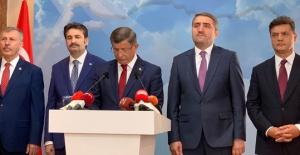 Davutoğlu AK Parti#039;den istifa...
