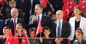 Vali Yerlikaya Başkan Akgün ile okul açtı