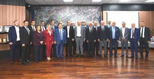 KKTC'den 18 Belediye Başkanı İstanbul'da