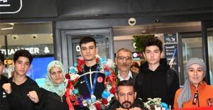 Esenyurtun gururu taekwondocu Yusuf Avrupa ikincisi