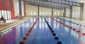 Silivri'ye yüzme havuzu